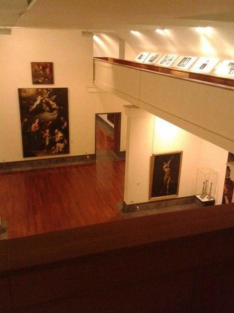 Ben tre piani foto di museo nazionale di capodimonte for Piani di handicap