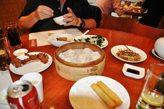 J3 Private Tours Hong Kong: Delicious! We let Jamie order for us