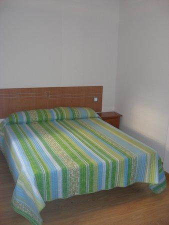 Hostal Don Rodrigo: habitacion