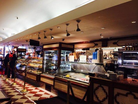 Ahoy New York Food Tours: Little Italy Bakery.