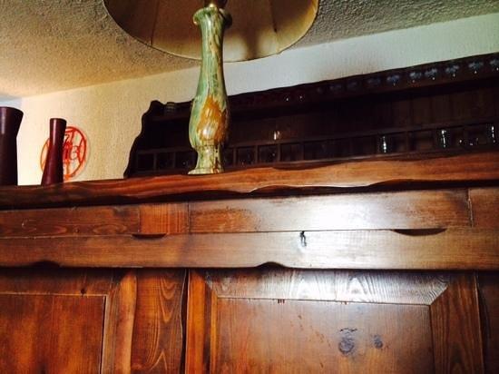 Ethnohotel B&B Villa Rosa dei Venti: greasy bar