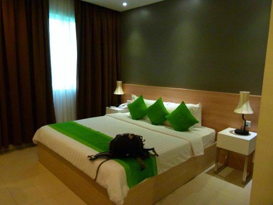 Asia Tune Hotel: Habitación muy amplia