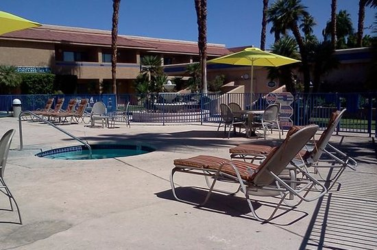The Garden Vista Hotel Palm Springs: Adult Pool & Spa