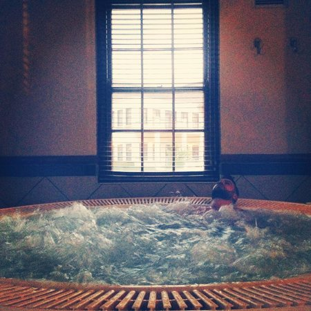 Kievits Kroon: Relaxing in one of the jacuzzis, post-treatments