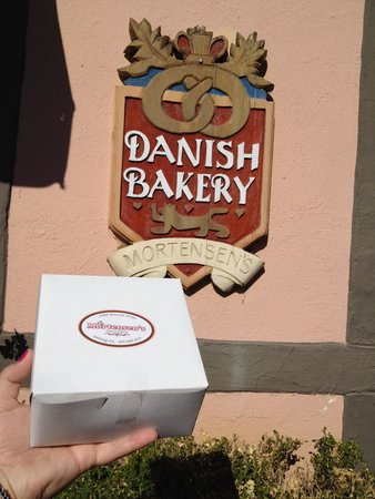 Mortensen's Danish Bakery : Yum