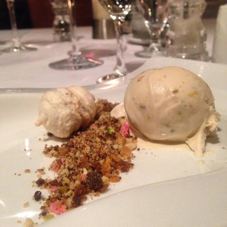 Peanut butter & pistachio ice cream with rocky road liquorice macaroon