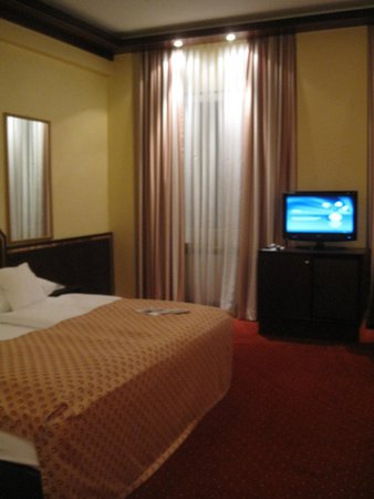 Best Western Hotel Zur Post: very comfortable bed