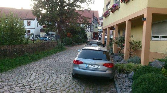 Obernburg, Niemcy: Hotel is located deep inside