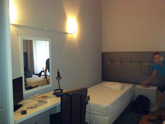 Hotel Senhor de Matosinhos : Habitación Triple