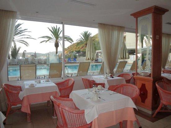 Grupotel Cala San Vicente: Restaurant