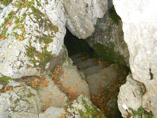 San Severino Lucano, Italia: La grotta dell'apparizione presso il santuario della Madonna del Pollino