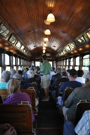 Astoria Riverfront Trolley: Trolley Interior