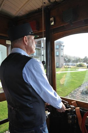 Astoria Riverfront Trolley: Volunteer Conductor