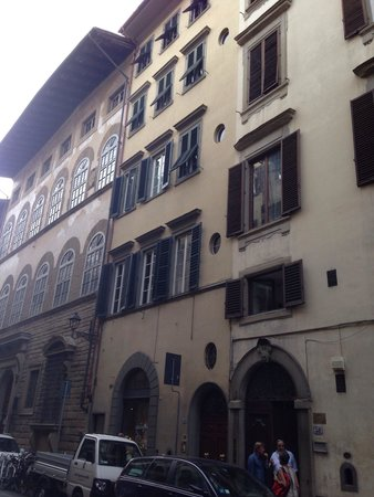 Beatrice B&B: B&B from the outside on Via Maggio