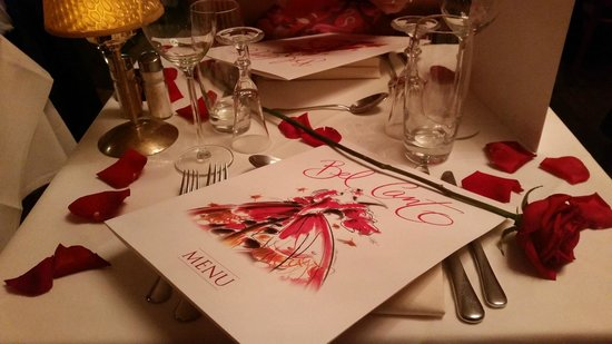 Bel Canto Restaurant: Beautiful table decoration