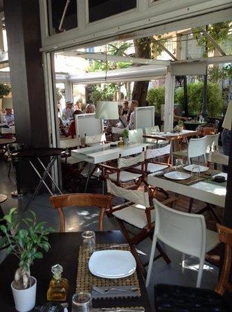 Eat at Milton's: terrasse