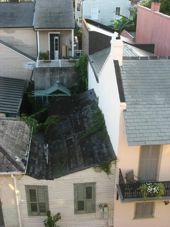 Le Richelieu in the French Quarter: view from our window Barrack St. side.