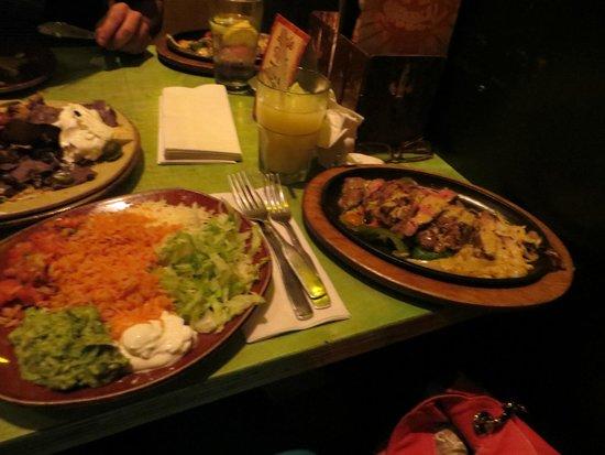 Photo of Mexican Restaurant Mad Mex Shadyside at 220 S Highland Ave, Pittsburgh, PA 15206, United States