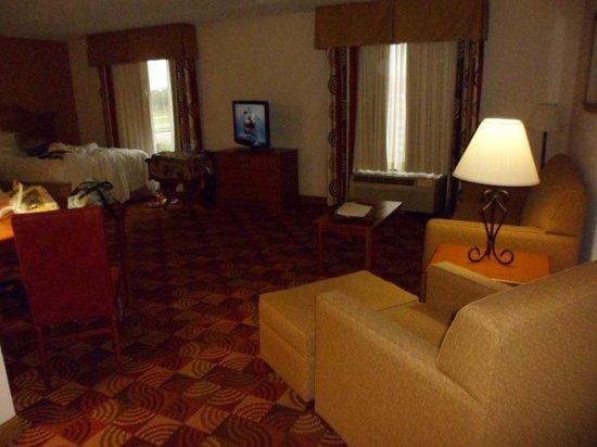 Hampton Inn & Suites Orlando International Drive North: A lot of space