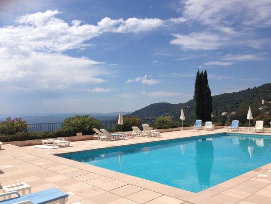 L'Horizon Hotel : The pool