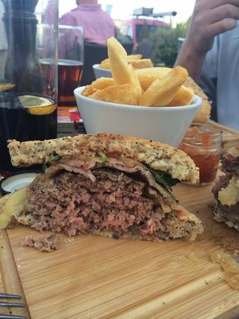 Jolly Jacks: best homemade burgers!