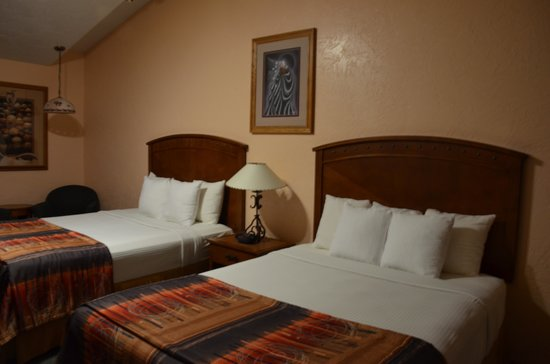 BEST WESTERN Kokopelli Lodge: room1