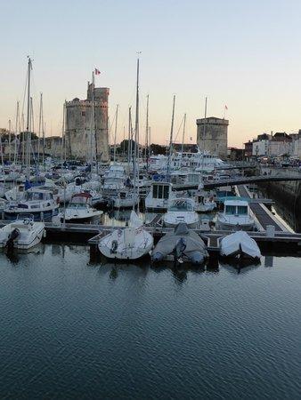Vieux Port : tour St Nicolas et tour de la chaine