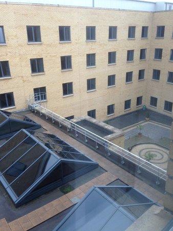 Jurys Inn Dublin Parnell Street: View from the window