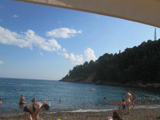 Iberostar Bellevue: The beach 2
