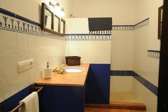 Añora, España: baño planta de arriba