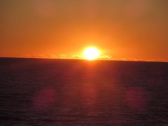 Pilot Whale Chalets: sunset