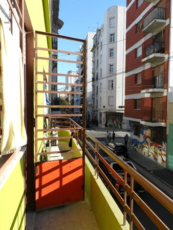 Puerto Limon Hostel: Balcon