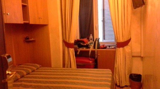 Hotel Solis: Bedroom