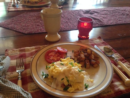The Pines of Dresden Bed and Breakfast: Just one of many amazing meals by marin!