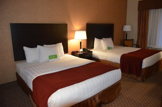La Quinta Inn & Suites Ely : room1