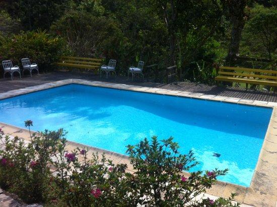 Pousada Sitio & Poesia : piscina