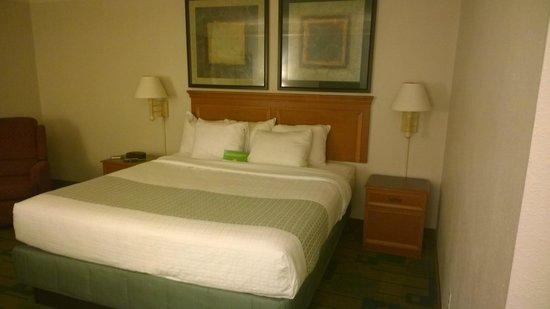 La Quinta Inn & Suites Shreveport Airport: Bedroom