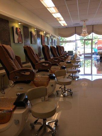 Prestige Nails & Spa: Very Clean Pedicure Spa