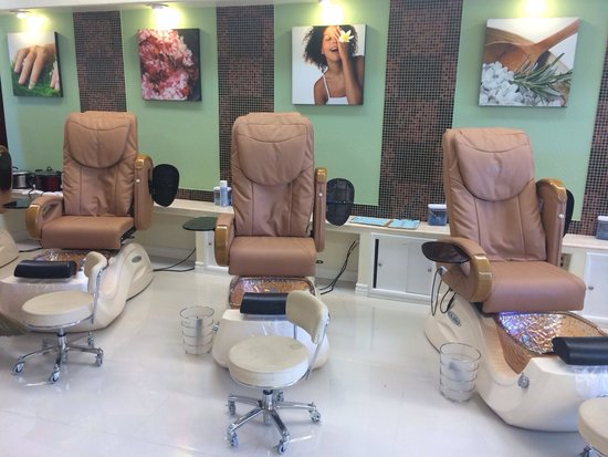 Prestige Nails & Spa: Nice and Clean
