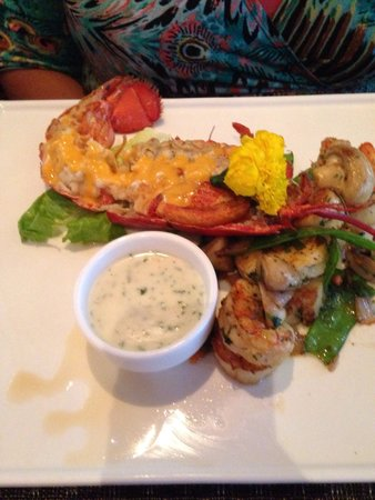 Mt. Fuji Hibachi & Asian Bistro: Lobster oysters & shrimp