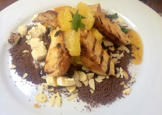 Restaurante In Situ: Chicken with chocolate and citrus