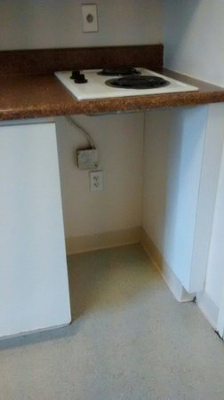 InTown Suites Newport News North: Plug left wide open no kind of panel on it safety hazard.