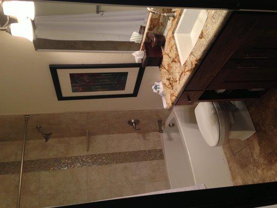 Columbia Cliff Villas Hotel: bathroom