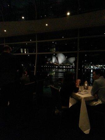 Quay Restaurant: Across the Circular Quay to Opera House