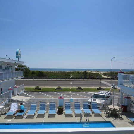 Alante Oceanfront Motel: 2nd Fl Ocean View/Front