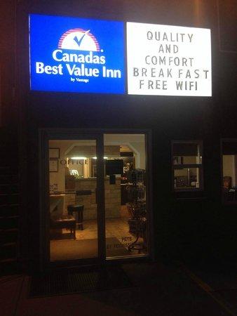 Canadas Best Value Inn & Suites : cbvi