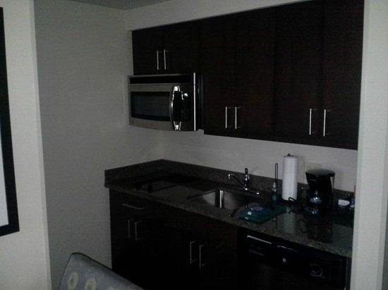 kitchen picture of homewood suites by hilton pittsburgh. Black Bedroom Furniture Sets. Home Design Ideas