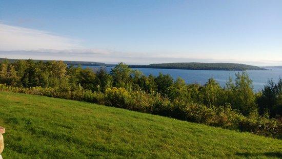 Holiday Inn Express Munising -  Lakeview : Lake Superior at Munising Holiday Inn