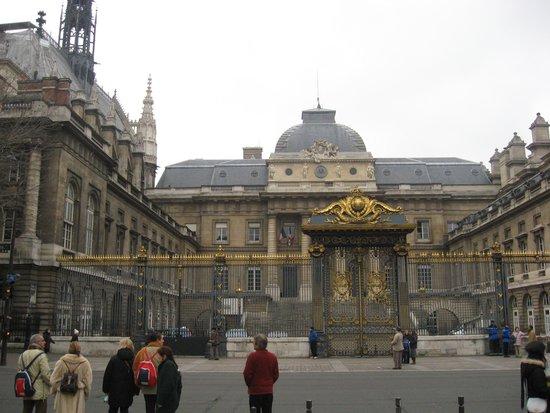 Île de la Cité: Palace of Justice