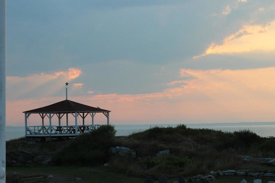 Star Island Family Retreat and Conference Center: Sunset on Star Island